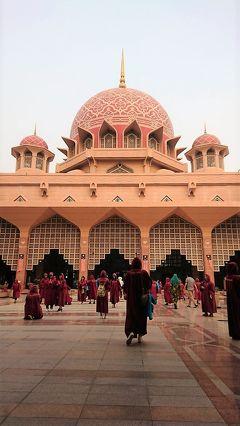 GO!GO週末マレーシア4日間 フリーの夜は、彼の行きつけバンサーショッピングセンター♪ 最終日はプトラジャヤの可愛いピンクモスク♪