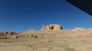 西チベット:ツァンダ土林の回廊でモニュメントバレーのような奇岩を堪能