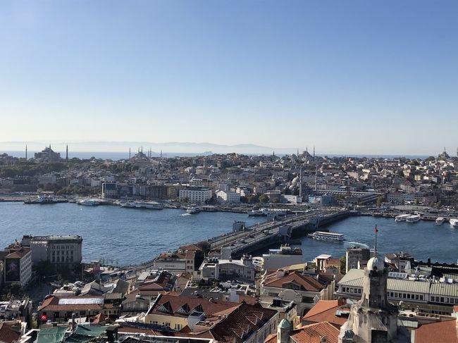 以前子供たちが卒業旅行で行ってきたトルコの鉄板観光地をゆるっと回ってきました。トルコ滞在中にトルコがシリアと戦争を始めましたがイスタンブール市内は何の変化もなく、また帰国時は台風19号の影響で予定通り帰国できずシンガポールに約1日足止めをを食うことになりましたが、13日間の楽しい旅行になりました。<br /><br />イスタンブール観光2日目はガラタ橋を渡り、新市街方面へ行きます。