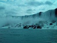 ナイアガラの滝を堪能しました。