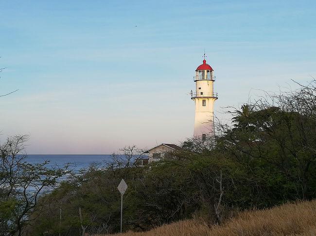 ハワイ4日目、今日は一番行きたかった真珠湾に行く予定です。その前に日課にしている早朝ジョギング。今日は昨日登ったダイヤモンドヘッドの麓の道を走ります。<br /><br />□8月31日(土) 成田からホノルルへ。夜はフラダンスを見る。<br />□9月1日(日) ジョギング、アラモアナセンター、ワイキキ散策<br />□9月2日(月) ジョギング、イオラニ宮殿、カメハメハ大王<br />■9月3日(火) ジョギング、パールハーバー、韓国焼肉<br />□9月4日(水) レンタカーでダイヤモンドヘッド、カイルア、ノースショア、タンタラスの丘<br />□9月5日(木) ハナウマ湾、マカプウポイント、モアナルアガーデン、レンタカー返却<br />□9月6日(金) ダウンタウン、出雲大社、アロハタワー<br />□9月7日(土) ワイキキ散策、ホノルル空港から帰国のハズが・・・<br />□9月8日(日) 予定より15時間遅れで帰国の途。<br />□9月9日(月) 成田空港に着くが・・・<br />□9月10日(火) ようやく家に帰れた。