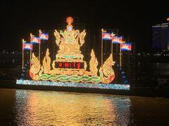 カンボジアで乾季の訪れを祝う「水祭り」