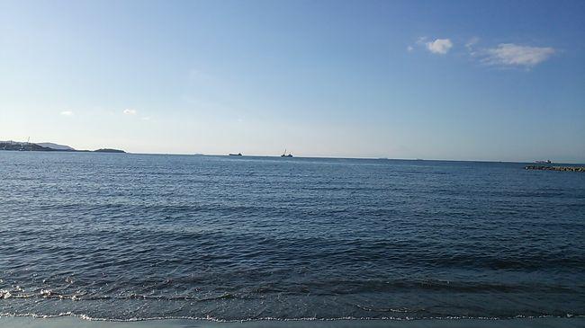 ご覧戴きましてありがとうございます。<br /> 2019年11月16日から2019年11月17日にかけての2日間、「サンキューちばフリーパス」を利用して千葉県のうち南房総エリアを旅してきました。<br /> 4部構成での公開を予定しており、そのうちパート1となる今回は1日目の行程のうち久里浜で頂いたランチの様子、東京湾フェリーで久里浜から千葉県の浜金谷まで移動した時の様子、浜金谷エリアを散策した時の様子のうち臨港緑地に立ち寄った時の様子等をご覧戴きました。<br /> パート2となる今回は1日目の行程のうち残りの行程、具体的には浜金谷海浜公園を散策した時の様子、館山市にある北条海岸を散策した時の様子、この日の宿泊先は千葉市内のホテルでしたが、館山から千葉まで特急「新宿さざなみ」で移動した時の様子等を紹介させて頂きます。