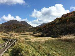 九州一早い紅葉と温泉を求めて久住へ ー 雨ヶ池 ー