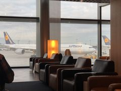 LOTポーランド航空 FRA/WAW/MSQエコノミークラス搭乗記とラウンジ