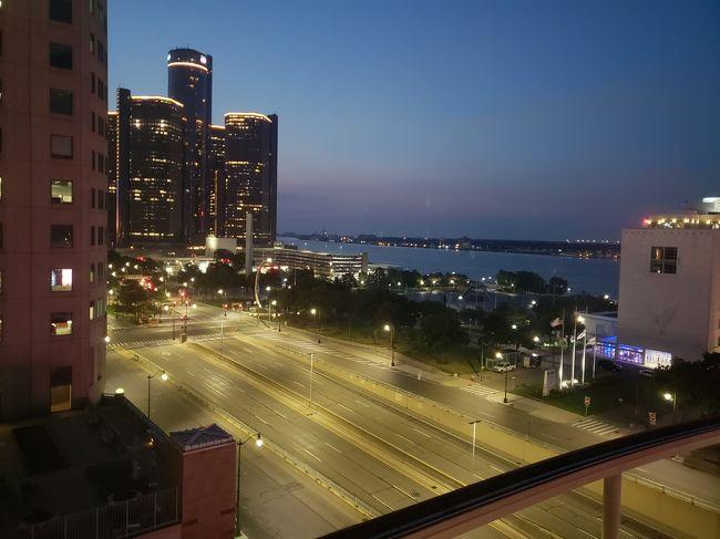 ゲームにあこがれてデトロイトいってきました、街は清潔だし素敵な建築をリノベしたホテルやレストランが色々あってかなり楽しかったです!