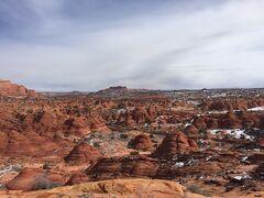 アリゾナ州 ザ・ウェーブ - ②誰もいない雪と自然の中をさまよいながらザ・ウェーブへ