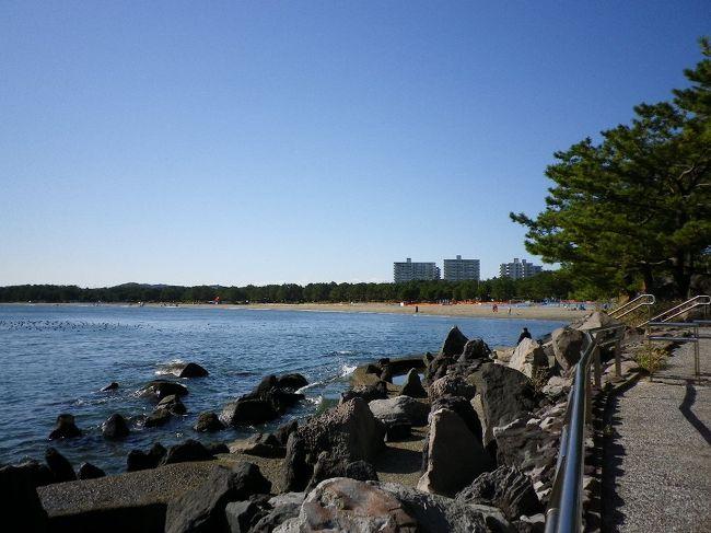 京急沿線を歩くウオーキングです。今回は京急富岡駅から八景島方面に向かい、そこから海の公園、野島公園を進み、最後に追浜のベイスターズのYOKOSUKA DOCKです。<br />天気が良くてきれいな海景色の3時間ウオークでした。