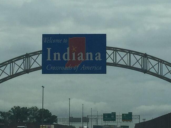 シカゴから4時間かけてインディアナポリスに行った時を前半に、後半はケンタッキー州からニューアルバニーに行った時の写真をアップします。