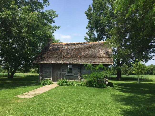 ウィスコンシン州 ぺピン - 大草原の小さな家のローラが生まれた丸太小屋