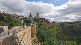 アルカサル城