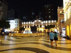 騒乱の香港を逃れて平穏なマカオに渡りました! ほぼ夜のマカオ散歩編です。