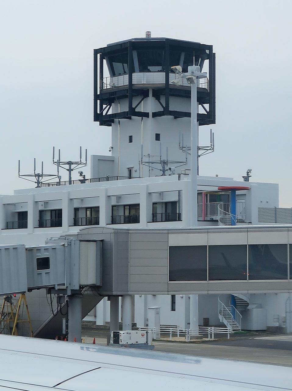 九州佐賀空港 16:00発 ANA456便 東京/羽田行 離陸順調に ☆29A- 前方モニターもの写真