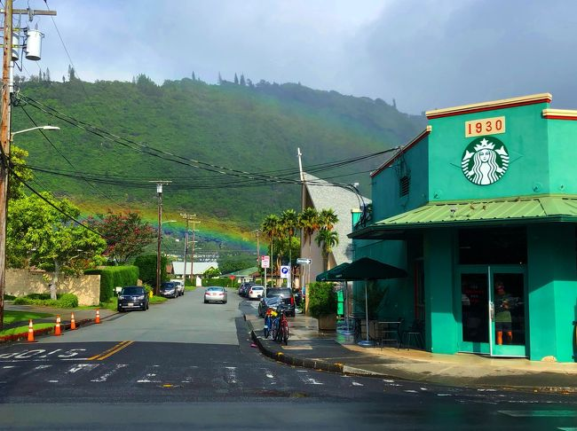 7度目のハワイから帰ってきました。<br />今回は、久々だったので、西海岸やマノア、ラニカイのピルボックスなど過去スルーしていたところを楽しみました。ラニカイのピルボックスは絶景。海の青さはオアフ一番と思います。沖縄の離島並みのブルーがそこにはありました。<br /><br />また、年末年始に旅行される方が多いと思いますが、残念ながらワイキキで重宝していた、フードパントリーが再開発のため閉店。食材や土産は<br />アラモアナかカハラに行かないとダメになりました。<br /><br />ばら撒き系の土産は<br />ABC→スーパー→ドンキ→ロングスドラッグスの順です。<br />ロングスドラッグスは最安値です。
