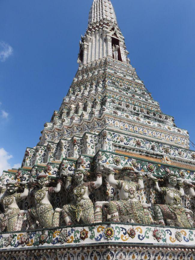 """タイ旅行もアユタヤからバンコクに入って来ました。<br />バンコクでは、近郊にある""""ダムヌン・サドゥアク水上マーケット""""や""""メークローン鉄道市場""""に訪れたり、<br />定番のお寺などを観光して回りました。"""