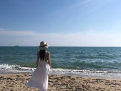 社員旅行で海へ。タイで初めての海は、思った以上に綺麗で楽しめた。