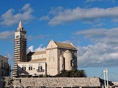 2019年末南イタリア旅行4 バーリからトラーニ、ビッシェリエ、モルフェッタと鉄道日帰りでプーリア・ロマネスク聖堂巡り