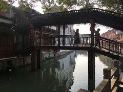 上海一人旅の日記(朱家角、空港行き早朝タクシー、年末の様子などです)