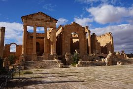 チュニジア周遊とジェルバ島(3)----ケロアンとスフェチュラ遺跡