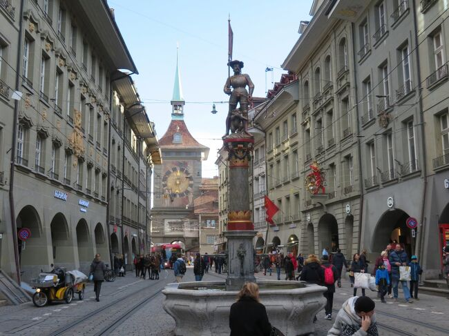 ミュールーズを朝出発 スイスベルンへ向かいます<br />今日はベルン ルツェルン チュリッヒのクリスマスマーケットを<br />楽しみます。<br /><br /><br />
