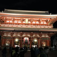 久々の東京、初めての鎌倉 三泊四日の旅。宿泊はインバウンドの渦真っ只中の浅草。初日の観光地は谷根千!