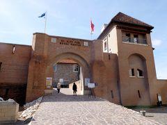 2019.10ハンガリー・ウイーン旅行7-エステルゴム城・王宮博物館 ドナウ川に降りる