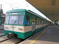 2019.10ハンガリー・ウイーン旅行10-センテンドレから郊外電車(HEV-5)でブダペストへ,くさり橋に歩く
