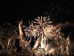 ひがしかわ氷まつり 氷彫刻ライトアップと冬の花火