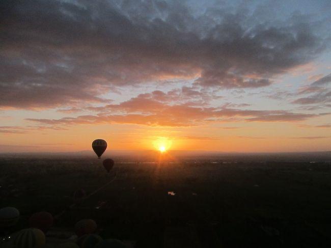 2019〜2020年末年始・エジプト旅行③ルクソールにて日の出気球と神殿