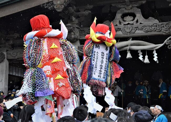 秋田各地に伝わる梵天まつりは各々に特色があり心惹かれる。<br />梵天(ぼんでん)は神の依り代となる大きな御幣を担いで練り歩き<br />地元の神社に奉納する小正月行事。<br /> 1度目は1990年で横手の梵天<br /> 2度目は昨年2月で大曲の「川を渡る梵天」→クチコミあり<br /> 3度目の今年は太平山三吉神社のいわゆる「けんか梵天」<br />          勇壮、豪快、熱気を感じる。<br /><br />行程<br />1/16 JR本庄~大宮~秋田<br />    ドーミーイン秋田泊<br />1/17    秋田駅~大平山三吉神社~秋田駅~田沢湖駅~杉谷地<br />    プラザホテル山麓荘拍<br />1/18 杉谷地~アルパこまくさ~田沢湖駅~盛岡~大宮~本庄<br /><br />