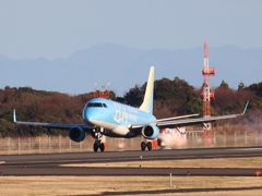 静岡空港石雲院展望デッキで飛行機を撮って北九州空港に飛ぶ。