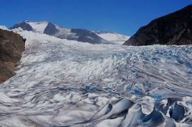 メンデンホール氷河トレッキング