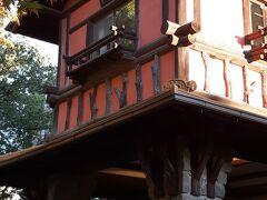 昔の職人の技、贅を尽くした装飾に圧倒される揚輝荘