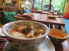 バンコクで街歩き 夜行寝台からの鉄道喫茶-ベトナム料理-イサーン料理…
