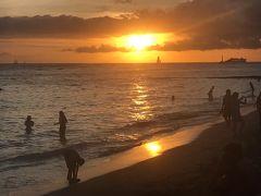 娘とハワイ♪ ホエールウォッチングやホノルルの夕日を楽しむ4泊6日♪