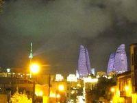 アゼルバイジャンはモダンと古都がマッチしていた。