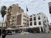 飛び石連休4日間でサウジアラビア(1)エミレーツ航空でジェッダまで移動して町歩き