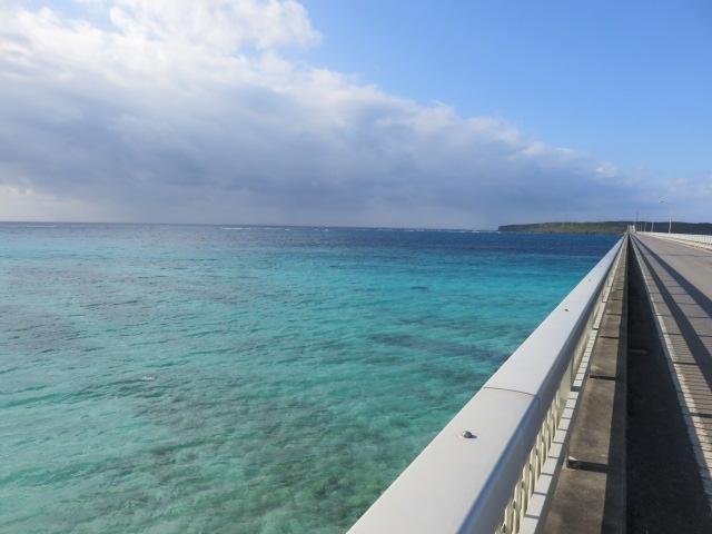 宮古島と沖縄本島(4)宮古ブルーの来間大橋を渡って来間島へ