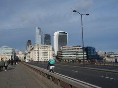 London(1.7) London Bridge を渡る。テロリストにも遭わず、橋も落ちていなくて、よかった。