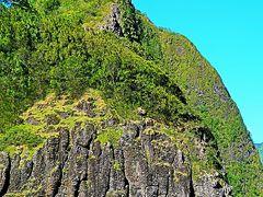 Oahu-2 ヌアヌパリ コオラウ山脈中腹-展望良く ☆ハワイ統一-激戦の戦跡-風も静かで