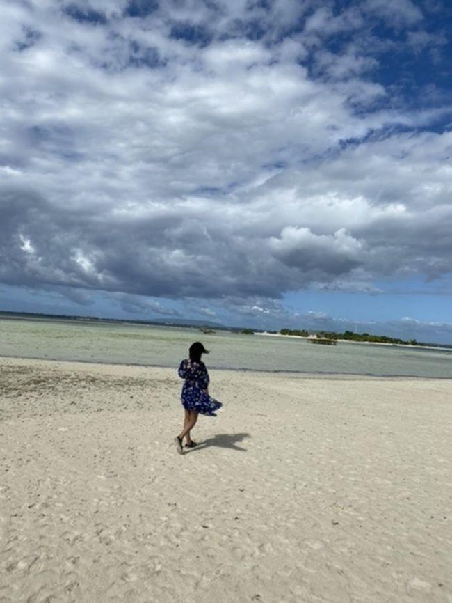 ボホール島からの島巡り。ヴァージンアイランドに行きたかったのでツアー会社さんの島巡りツアーにて。天気がねーよければ^_^:もっと良かったのに!