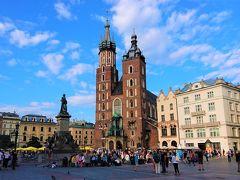 雨多き初夏のポーランド(9) 旧市街広場とヴァヴェル城~世界遺産第一号の地クラクフ