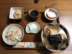 2020年はのんびりホテルステイ&沖繩そばめぐり&イラブー料理からスタート。
