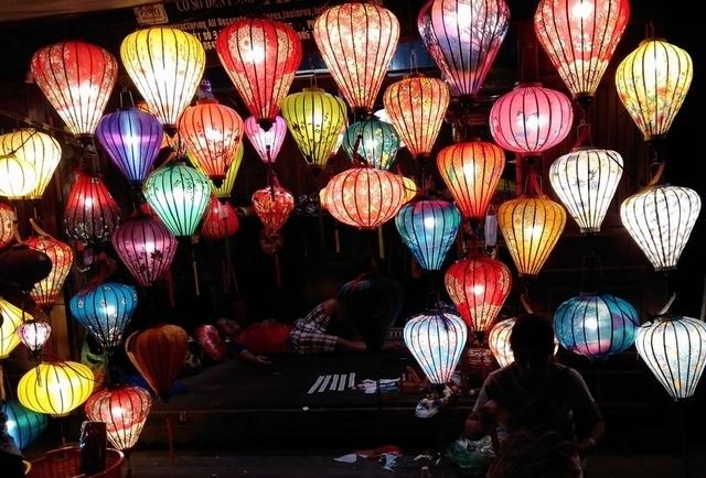 2020年ベトナム旅:3. ミーソン遺跡&ランタン祭り
