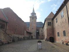 5歳娘を連れて夏休みスウェーデン・ノルウェー11日間の旅14-アナ雪のお城のモデルとなったアーケシュフース城