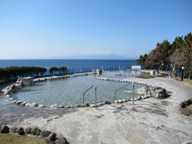 富士山を望む絶景露天風呂「元町浜の湯」& 「為朝神社」