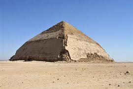 旅行会社の誇大広告に騙された最悪のナイル川クルーズ 3 サッカラとダハシュールのピラミッド