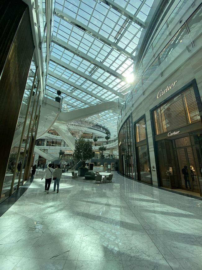 世界一大きいショッピングセンターでお買い物&探索