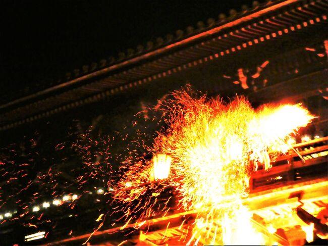 東大寺修二会と鹿。令和2年3月6日