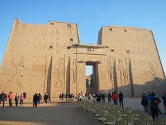 いざエジプトへ・・4日目エドフ「ホルス神殿」そしてサンデッキでランチ♪